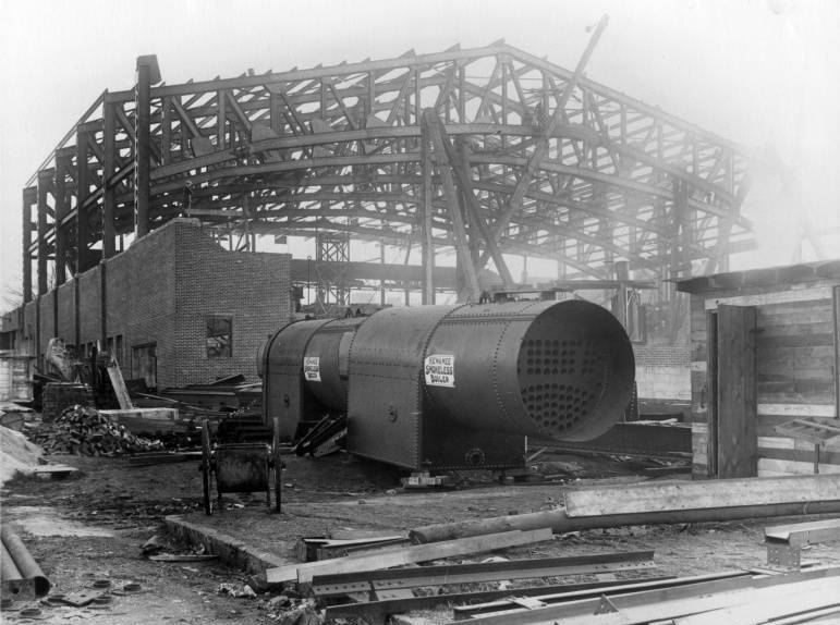 [Image: 1924_Municipal_Auditorium_construction.jpg]