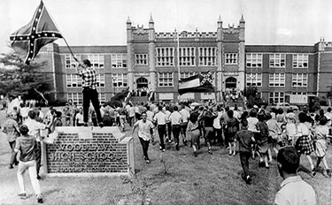 White students protest the desegregation of Birmingham schools in front of Woodlawn High School. September 12, 1963. AP Photo