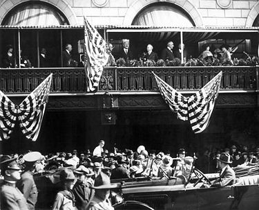 President Harding reviews the parade from the balcony of the Tutwiler Hotel. Photograph by O. V. Hunt