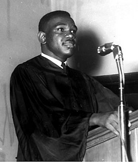 U. W. Clemon speaking to Miles College seniors in 1965.
