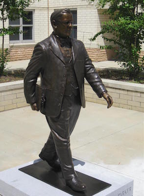 File:Statue-of-A-H-Parker 1.jpg